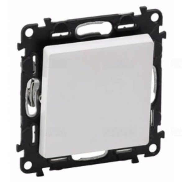 ValenaLife nyomó N106 betét központi fedéllel 1- billentyűs 1z-1ny fehér IP20 rugós