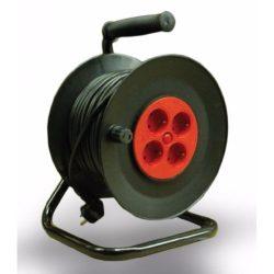 STI781 2 pólusú műa.kábeldob fém tartóval  20 Fm. (Stilo) MT 3x1,5mm2 !!! vezetékkel,4db védőérintkezős aljzattal